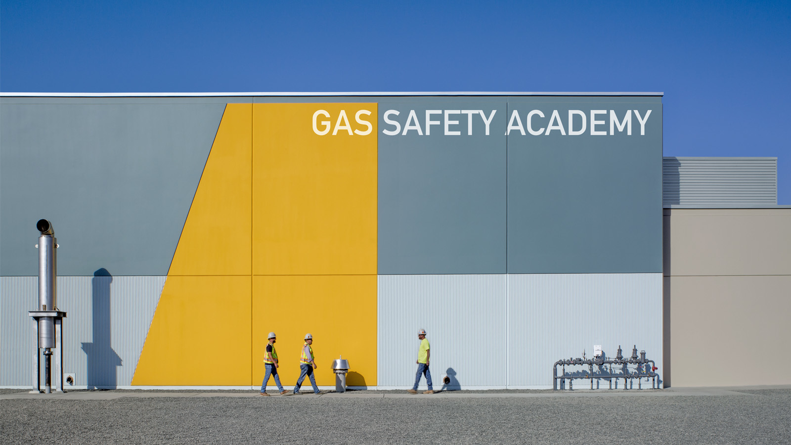 Photo of employees outside the PG&E Gas Safety Academy.