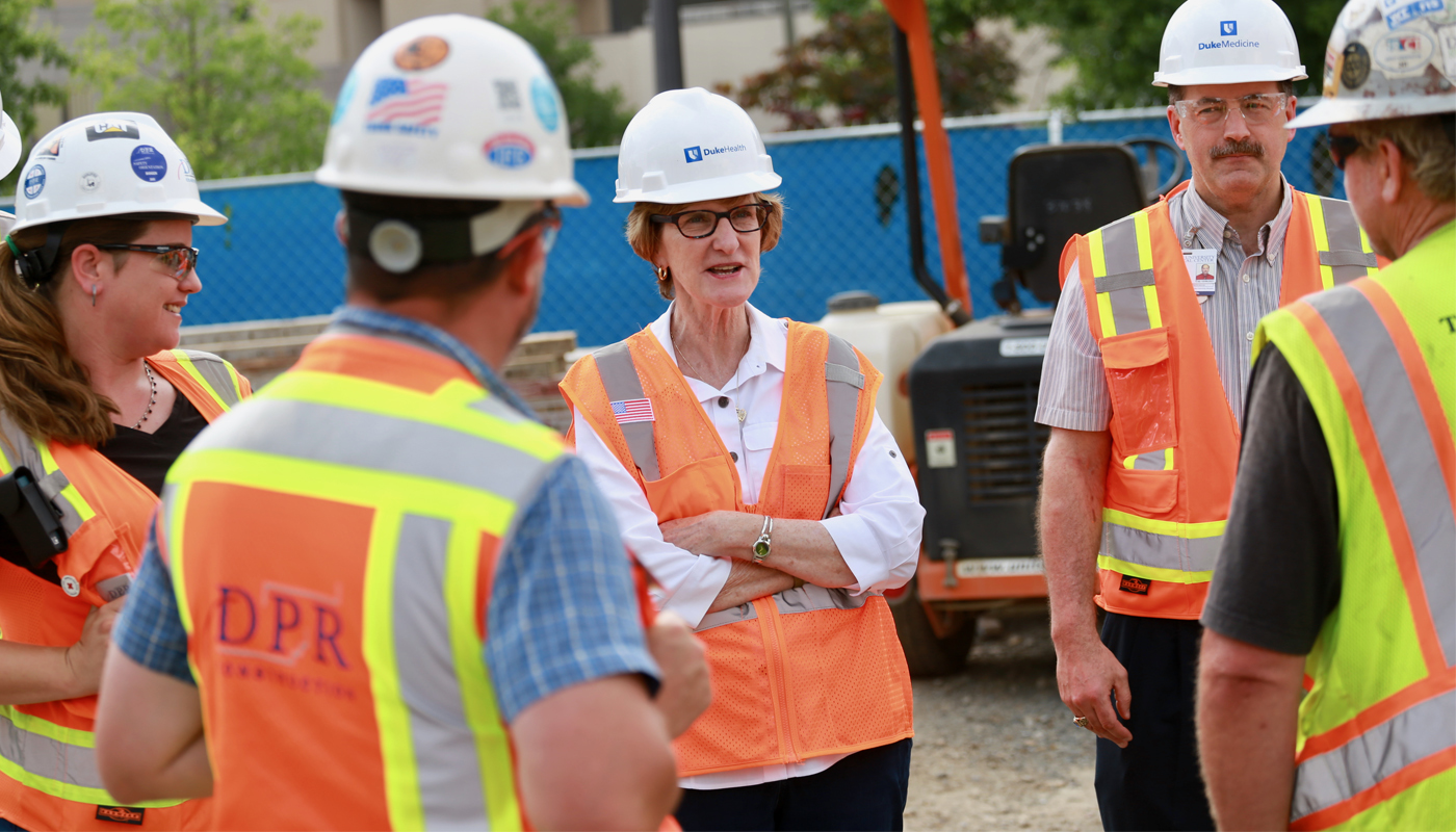 Dean Broome visits jobsite